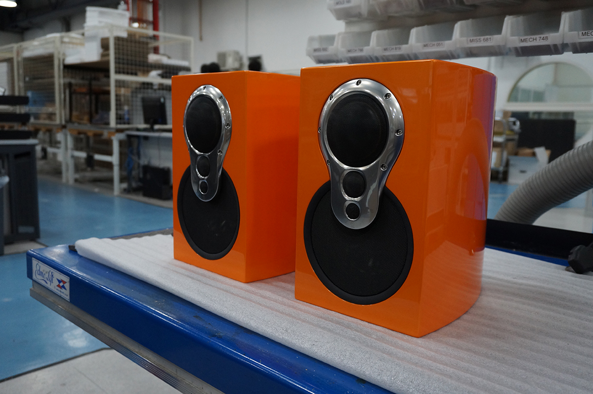 Speakers Lacquered by HQ Lacquer